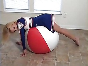 Haley Cheerleader Beamy Beachball Blow up