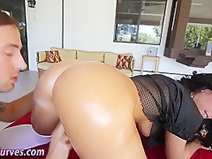 Heavy derriere latina fucked