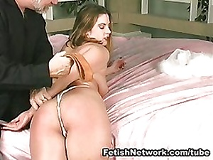 Great ass pricking on the bed