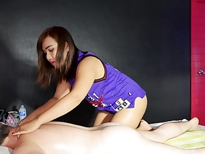 Incredible rubdown hump with this big booty amateur Thai female